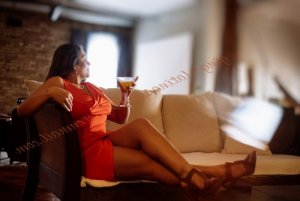 Astou incall escorts Salinas, CA
