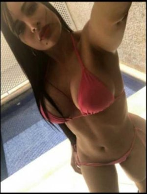 Cyndelle lady escorts in Bridgeton, NJ
